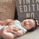 生後5ヶ月まで成長!赤ちゃんの体重増加の目安と1日生活サイクル