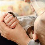 新生児の体重増加が少ない。そんな時の原因と対処法